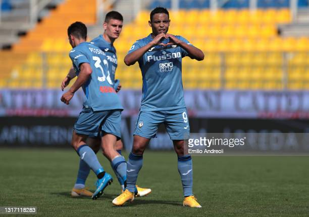 Fernando Muriel Fruto of Atalanta BC celebrates after scoring the third Atalanta goal during the Serie A match between Parma Calcio and Atalanta BC...