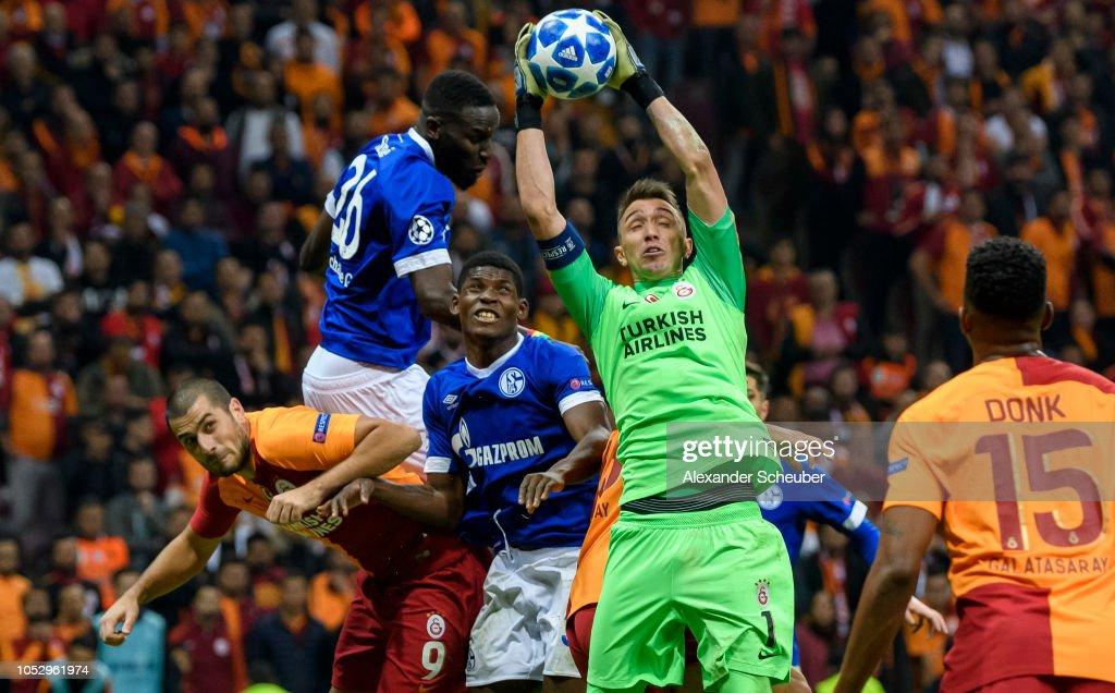 Galatasaray v FC Schalke 04 - UEFA Champions League Group D : News Photo