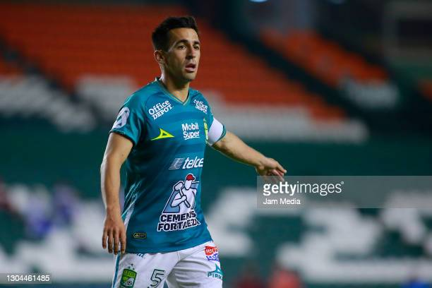 Fernando Navarro of Leon reacts during the 8th round match between Leon and Cruz Azul as part of the Torneo Guard1anes 2021 Liga MX at Leon Stadium...