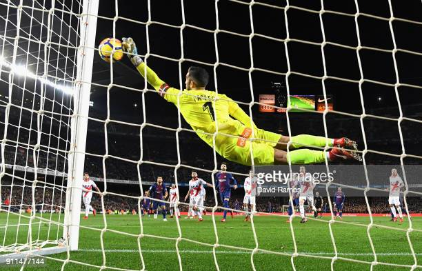 Fernando Pacheco of Alaves saves Lionel Messi of Barcelona free kick during the La Liga match between Barcelona and Deportivo Alaves at Camp Nou on...