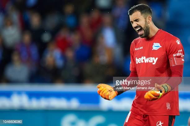 Fernando Pacheco of Deportivo Alaves reacts during the La Liga match between Deportivo Alaves and Real Madrid CF at Estadio de Mendizorroza on...