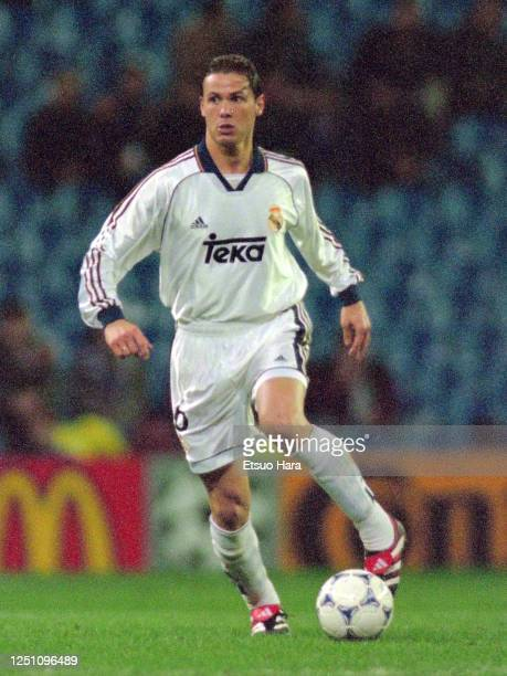 Fernando Redondo of Real Madrid in action during the UEFA Champions League Round of 16 first leg match between Real Madrid and Dynamo Kyiv at the...