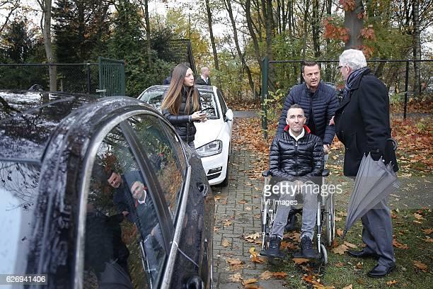 Fernando Ricksen Veronika Ricksen during a photoshoot at sportpark Langeberg on November 13 2016 in Brunssum The Netherlands