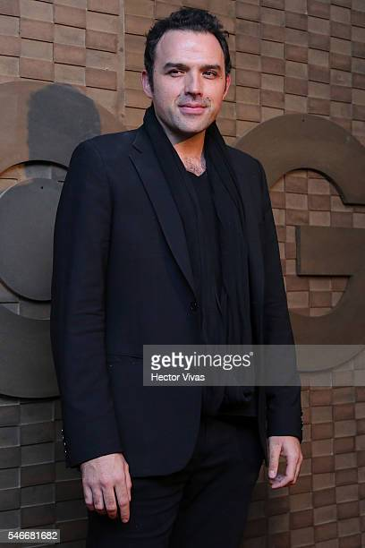 Fernando Rovzar poses for photos during HBO Latin America Red Carpet at Foro Indierocks on July 12 2016 in Mexico City Mexico