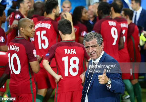 Fernando Santos manager of Portugal thumbs up after his side win 10 against France during the UEFA EURO 2016 Final match between Portugal and France...