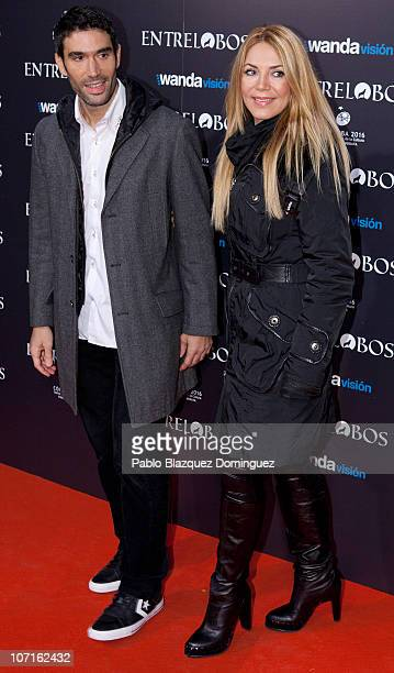 Fernando Sanz and Ingrid Asensio attend the 'Entre Lobos' premiere at the Capitol Cinema on November 25 2010 in Madrid Spain