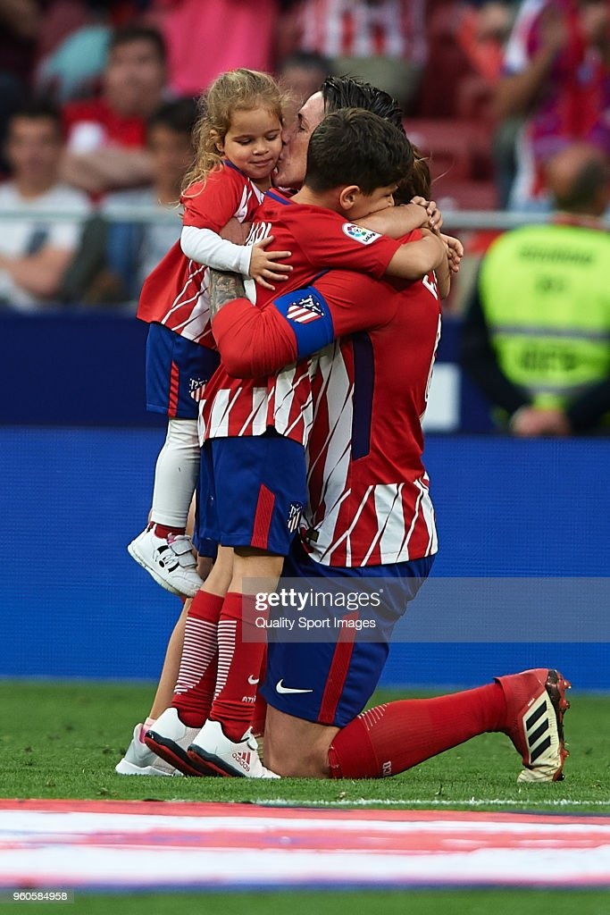 Fernando Torres of Atletico de Madrid and his family during his farewell ceremony after the La Liga match between Atletico Madrid and Eibar at Wanda Metropolitano on May 20, 2018 in Madrid, Spain.