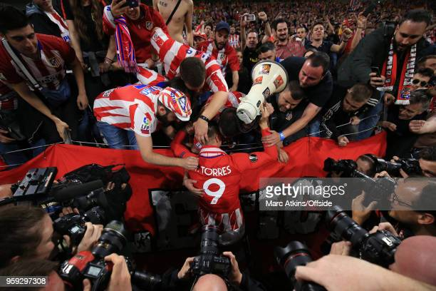 Fernando Torres of Atletico Madrid celebrates with the fans during the UEFA Europa League Final between Olympique de Marseille and Club Atletico de...
