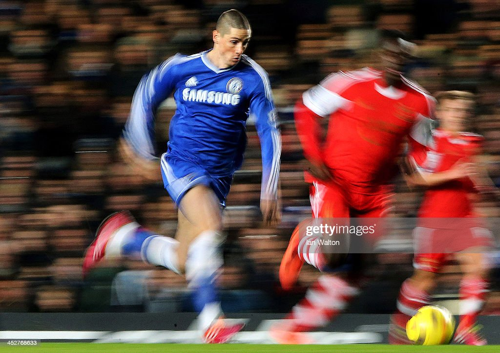 Fernando Torres of Chelsea attempts to break through the Southampton defence during the Barclays Premier League match between Chelsea and Southampton at Stamford Bridge on December 1, 2013 in London, England.