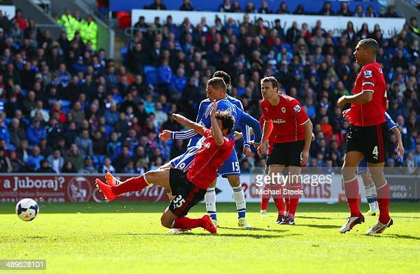 Fernando Torres of Chelsea scores their second goal during the Barclays Premier League match between Cardiff City and Chelsea at Cardiff City Stadium...
