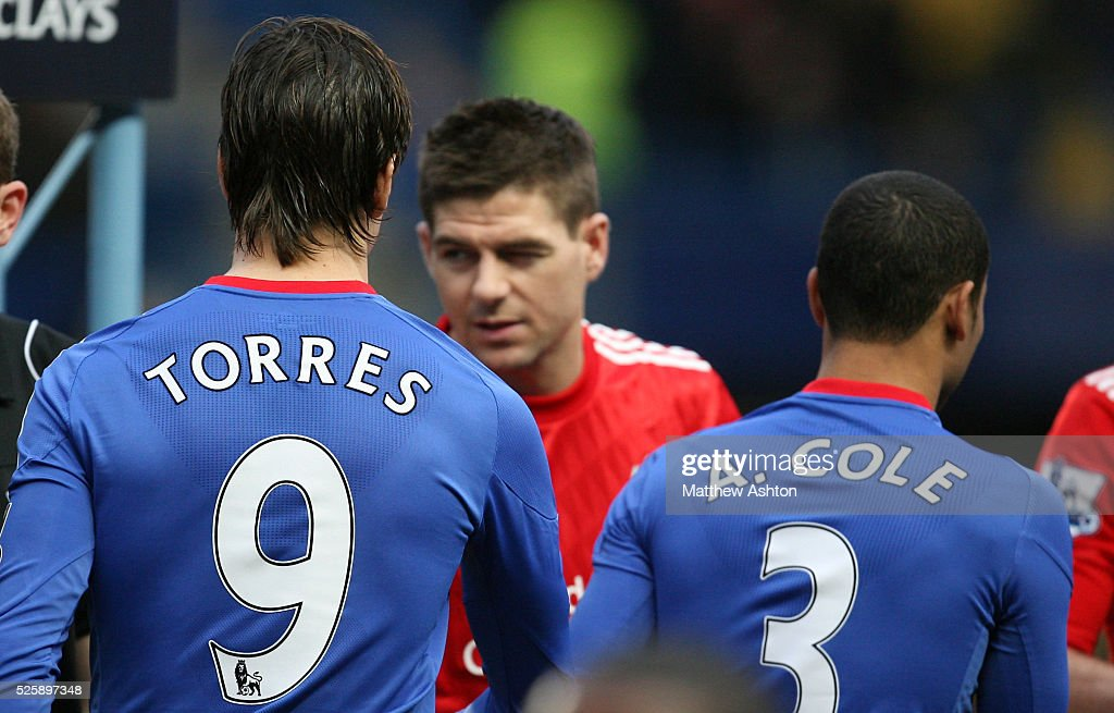 Soccer - Barclays Premier League - Chelsea v Liverpool : ニュース写真