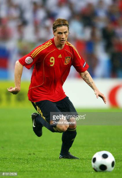 Fernando Torres of Spain runs with the ball during the UEFA EURO 2008 Group D match between Spain and Russia at Stadion Tivoli Neu on June 10 2008 in...