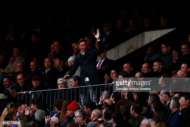 Fernando Torresn of Atletico de Madrid waves the audience form the grandtsands during the La Liga match between Club Atletico de Madrid and Valencia...