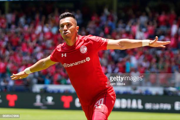 Fernando Uribe of Toluca celebrates after scoring the third goal of his team during the semifinals second leg match between Toluca and Tijuana as...