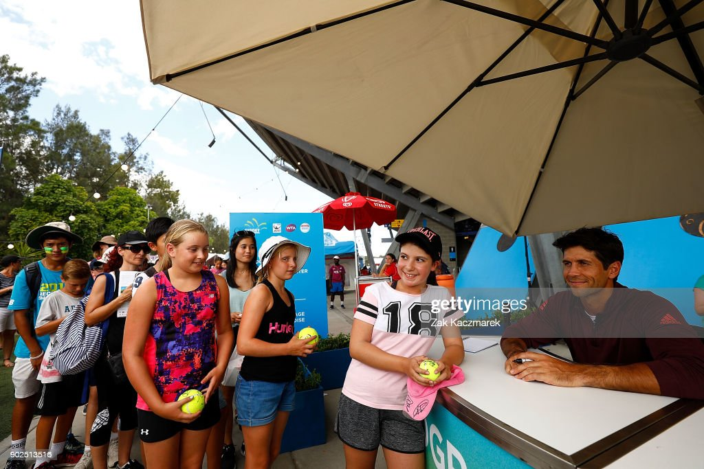 Fernando Verrasco of Spain sign autographs with fans during day two of the 2018 Sydney International at Sydney Olympic Park Tennis Centre on January 8, 2018 in Sydney, Australia.