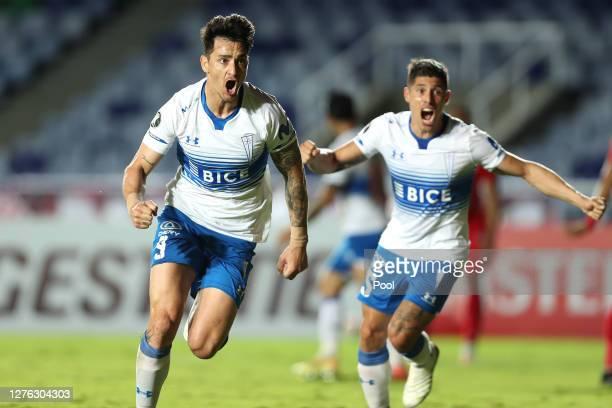 Fernando Zampedri of Universidad Catolica celebrates after scoring the first goal of his team during a group E match of Copa CONMEBOL Libertadores...