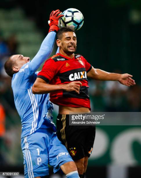 Fernandpo Prass of Palmeiras and Diego Souza of Sport Recife in action during the match for the Brasileirao Series A 2017 at Allianz Parque Stadium...