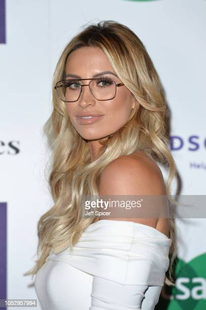 Ferne McCann attends the Specsavers 'Spectacle Wearer Of The Year' at 8 Northumberland Avenue on October 24 2018 in London United Kingdom