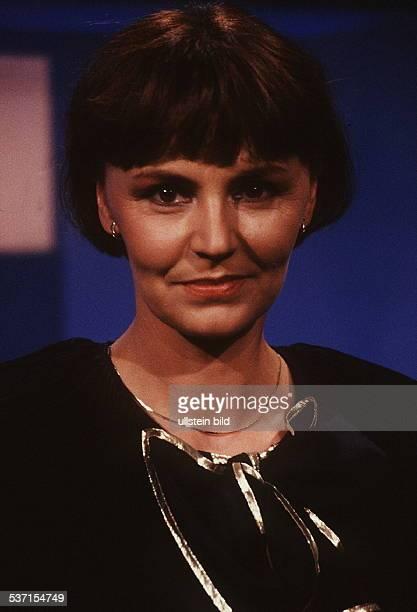 Fernsehansagerin, D, - 1992