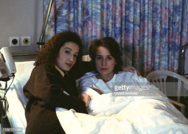 Gabriela Zerhau KONSTANZE BREITEBNER BETTINA KUPFER Stichwort Bett Krankenhaus
