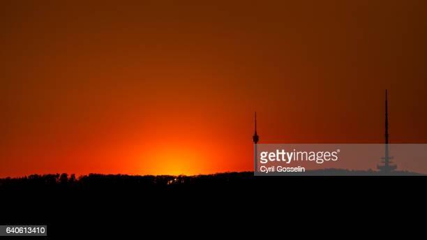fernsehturm stuttgart - antenne stock-fotos und bilder