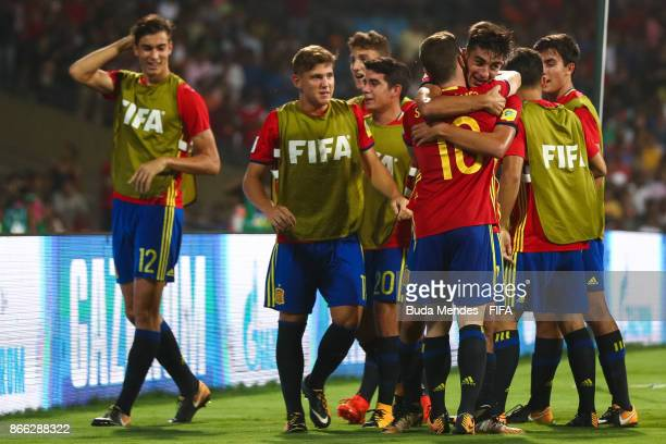 Ferran Torres of Spain celebrates a scored goal with his teammates during the FIFA U17 World Cup India 2017 Semi Final match between Mali and Spain...