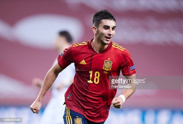 Ferran Torres of Spain celebrates scoring his team's fifth goal during the UEFA Nations League group stage match between Spain and Germany at Estadio...