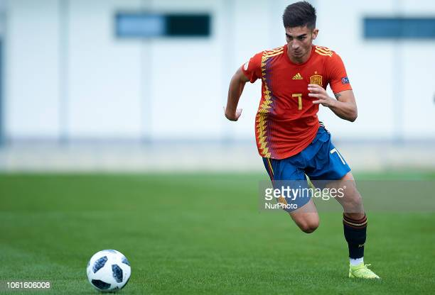 Ferran Torres of Spain in action during the international friendly match between Spain U19 and Norway U19 at Pinatar Arena on November 14 2017 in...