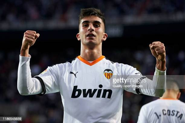 Ferran Torres of Valencia CF celebrates after scoring his team's second goal during the La Liga match between Valencia CF and Granada CF at Estadio...