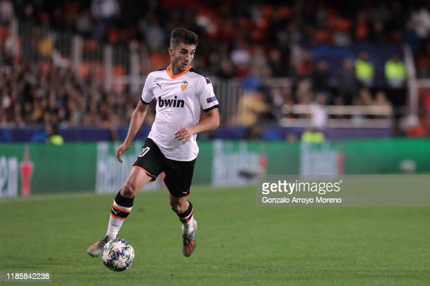 Ferran Torres of Valencia CF controls the ball during the UEFA Champions League group H match between Valencia CF and Lille OSC at Estadio Mestalla...