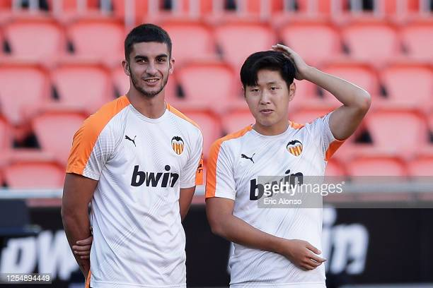 Ferran Torres of Valencia CFv and Lee Kang-in of Valencia CF looks the warm up during the Liga match between Valencia CF and Real Valladolid CF at...