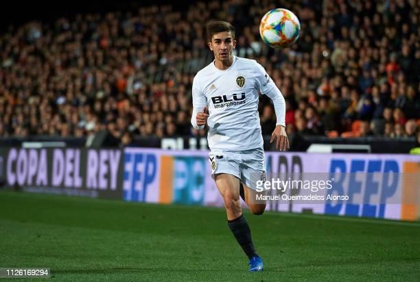 Ferran Torres of Valencia runs with the ball during the Copa del Rey Quarter Final second leg match between Valencia CF and Getafe CF at Estadio...