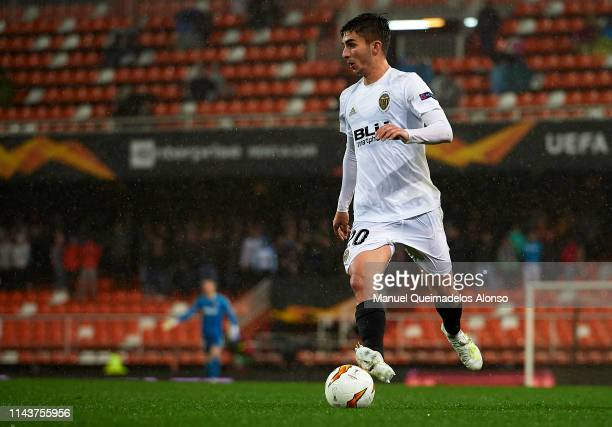 Ferran Torres of Valencia runs with the ball during the UEFA Europa League Quarter Final Second Leg match between Valencia and Villarreal at Estadi...