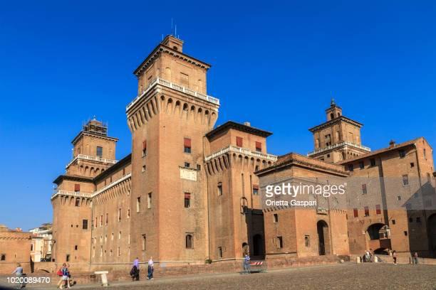 ferrara, este castle (emilia-romagna, italy) - ferrara stock pictures, royalty-free photos & images