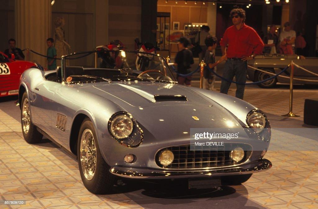 Ferrari 250 California Cabriolet Au Salon Du Design Italien Le 11