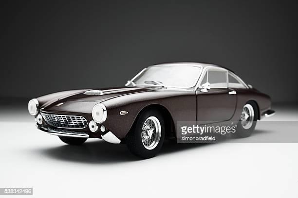 Ferrari 250 GT Lusso modèle de voiture discret