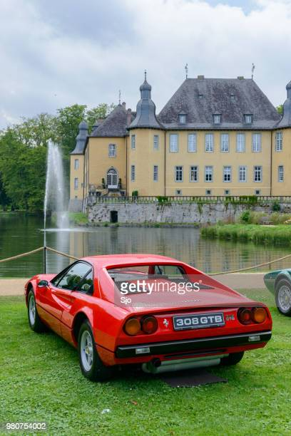 ferrari 308 gtb 1980s italian sports car - 1970s muscle cars stock pictures, royalty-free photos & images