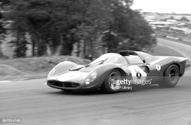 Ferrari 330p4 at the druids at BOAC 500 1967
