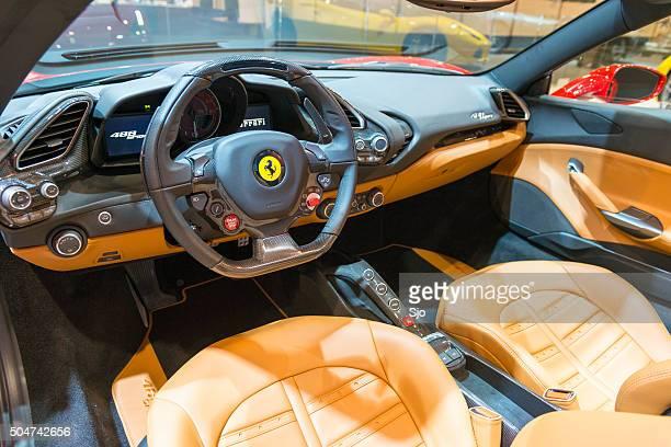 ferrari 488 aranha carro desportivo interior de - ferrari imagens e fotografias de stock