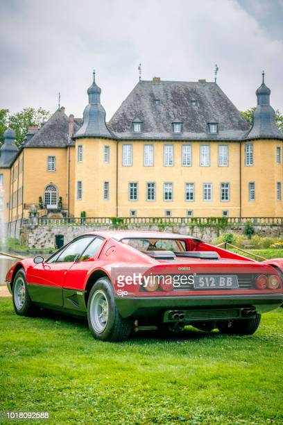 ferrari 512 bb or berlinetta boxer italian 1970s sports car - 1970s muscle cars stock pictures, royalty-free photos & images