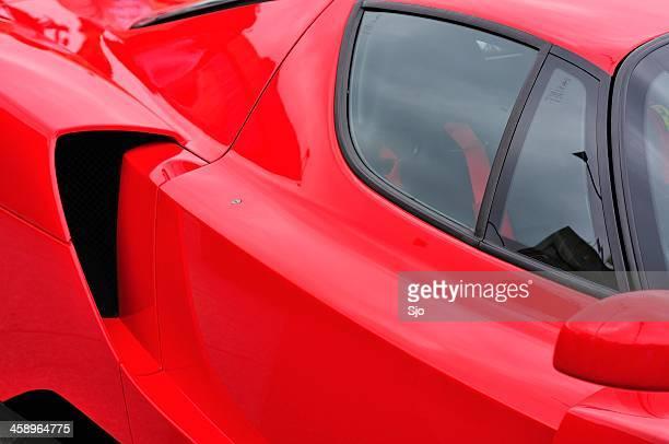 Enzo Ferrari lato