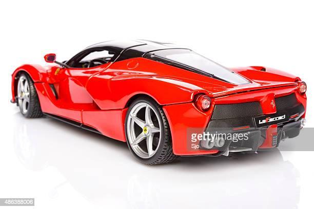 ferrari laferrari hybrid sports car model car - ferrari laferrari stockfoto's en -beelden