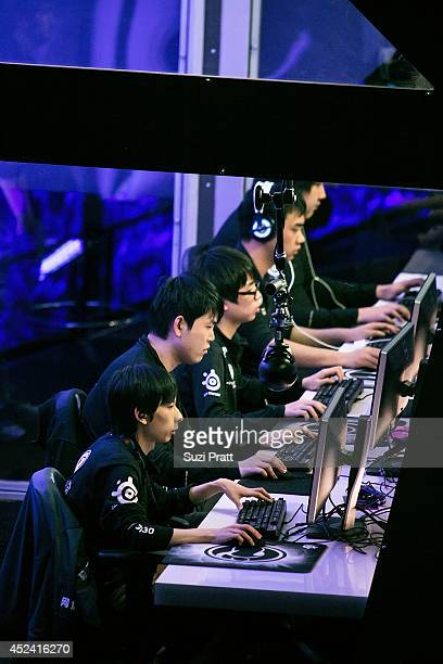 Ferrari_430 YYF and Faith of Invictus Gaming compete at The International DOTA 2 Champsionships at Key Arena on July 19 2014 in Seattle Washington