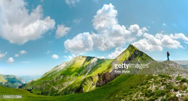 ferratina del berro mountain - montagna foto e immagini stock