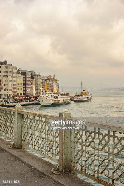 "ferries over the bosphorus in istanbul, turkey. - ""sjoerd van der wal"" stock pictures, royalty-free photos & images"