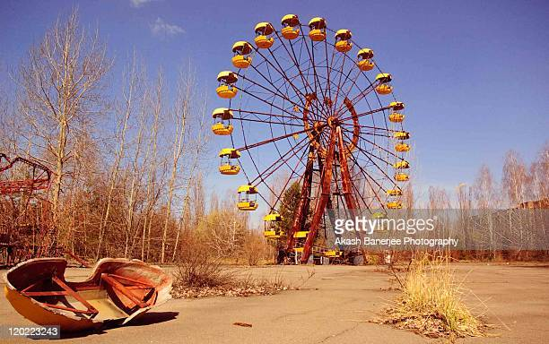 ferris ride - chernobyl stock pictures, royalty-free photos & images