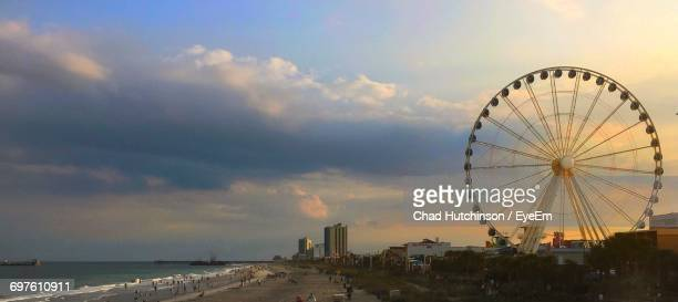 ferris wheel at beach - file:myrtle_beach,_south_carolina.jpg stock pictures, royalty-free photos & images