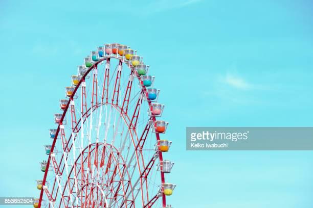 ferris wheel in odaiba, tokyo, japan - ferris wheel stock pictures, royalty-free photos & images