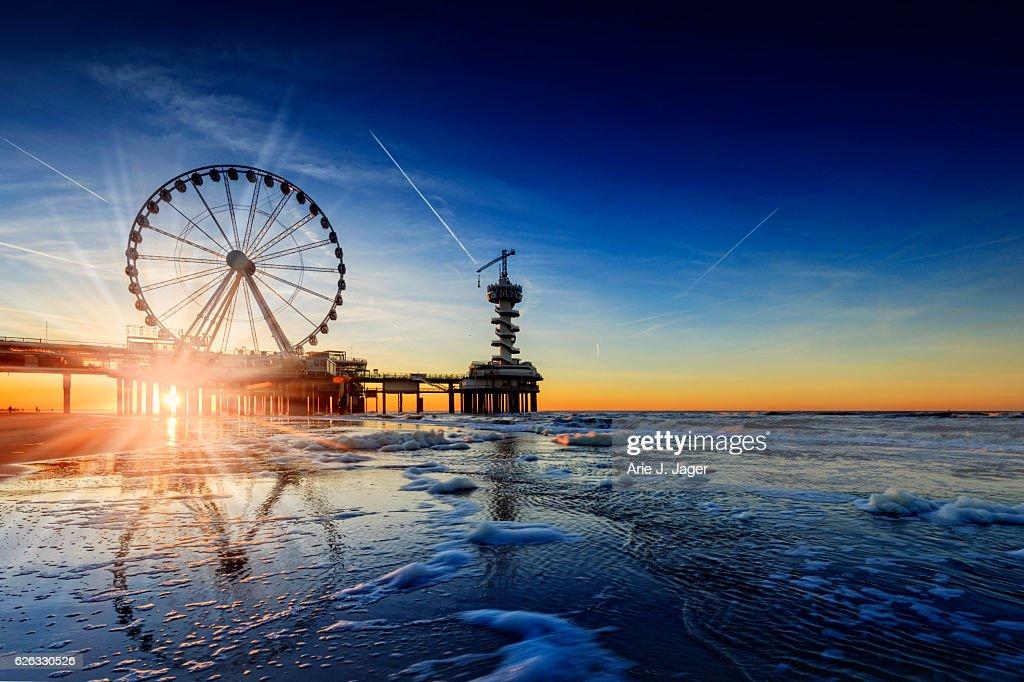ferris wheel on the Pier at Scheveningen : Stock Photo