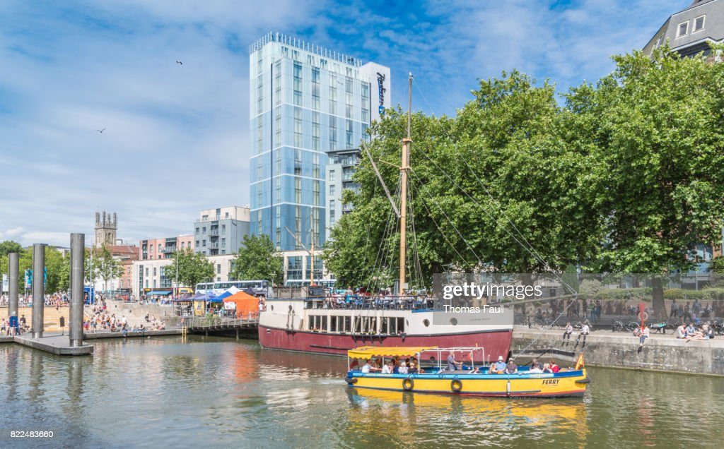 Ferry boat on the river in Bristol : Stock Photo